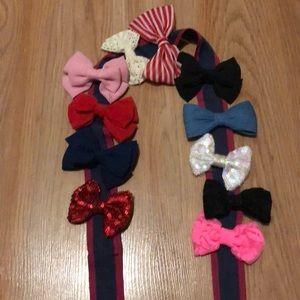 11 bows